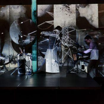 Hertz Deluxe - Manuela Hartels - KKlangkunst und Videoprojektion 2