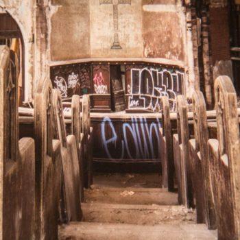 07 - HAPPY DYSTOPIA #2 Ioanna Sakellaraki – Beautiful Terrible Ruins